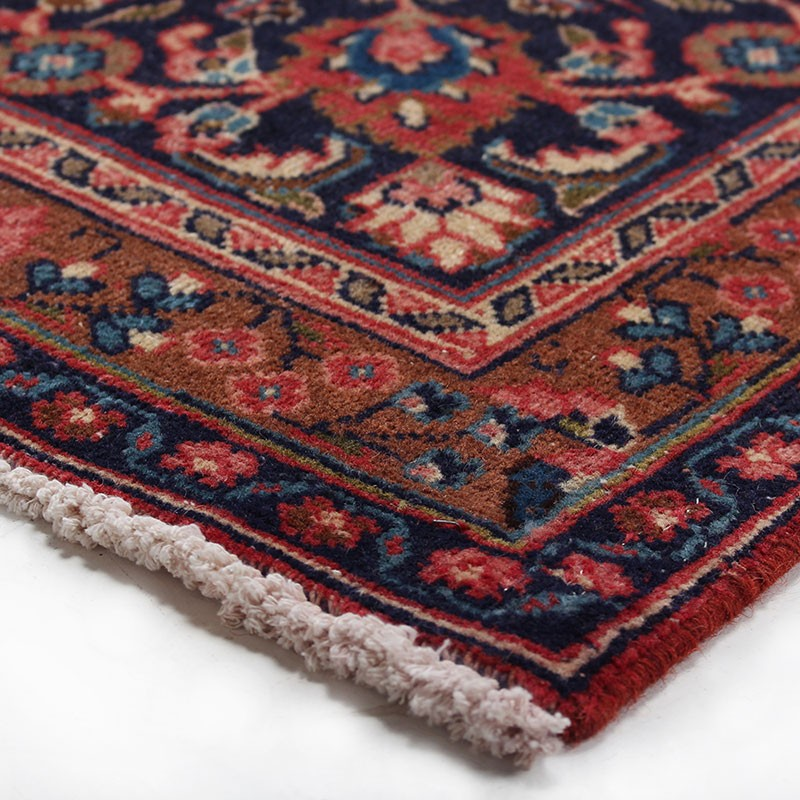 Vintage Classic Persian Rug Kashan Design From 1950s