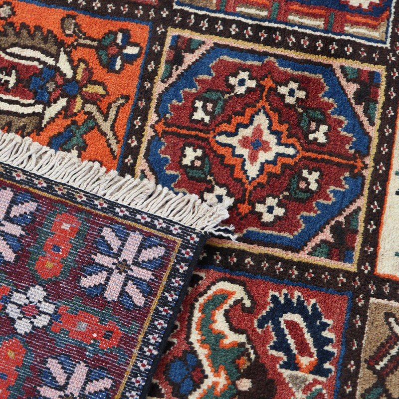 Vintage Persian Rug, Traditional Area Rug For Sale