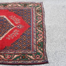 "13'1"" x 3'5"".Vintage Persian rug, Geometric Pattern, Hand knotted, Runner rug,S0101547"