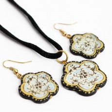 Enameled (Minakari) Seashell Earrings and Necklace Set