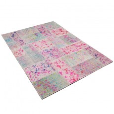 Pink Cake Patchwork kilim with drip painting