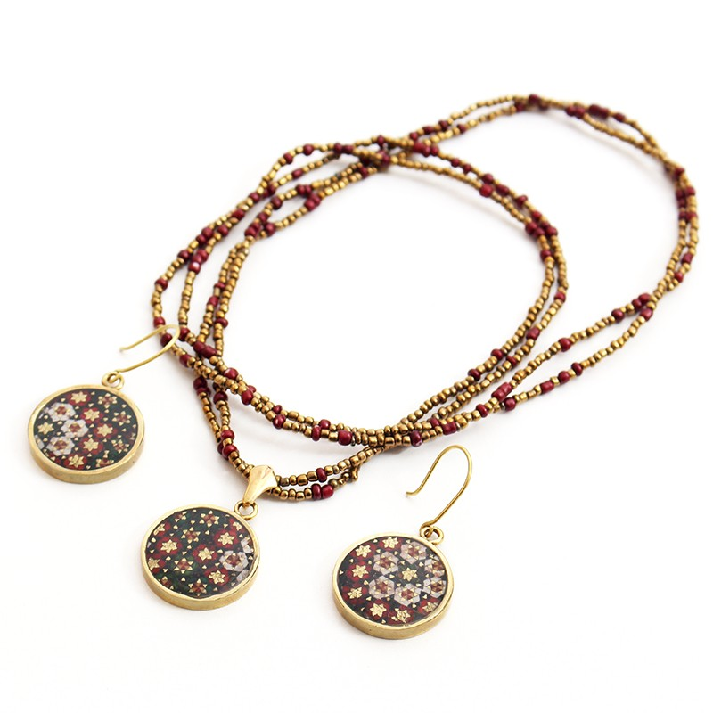Khatam Set of Earrings an Necklace