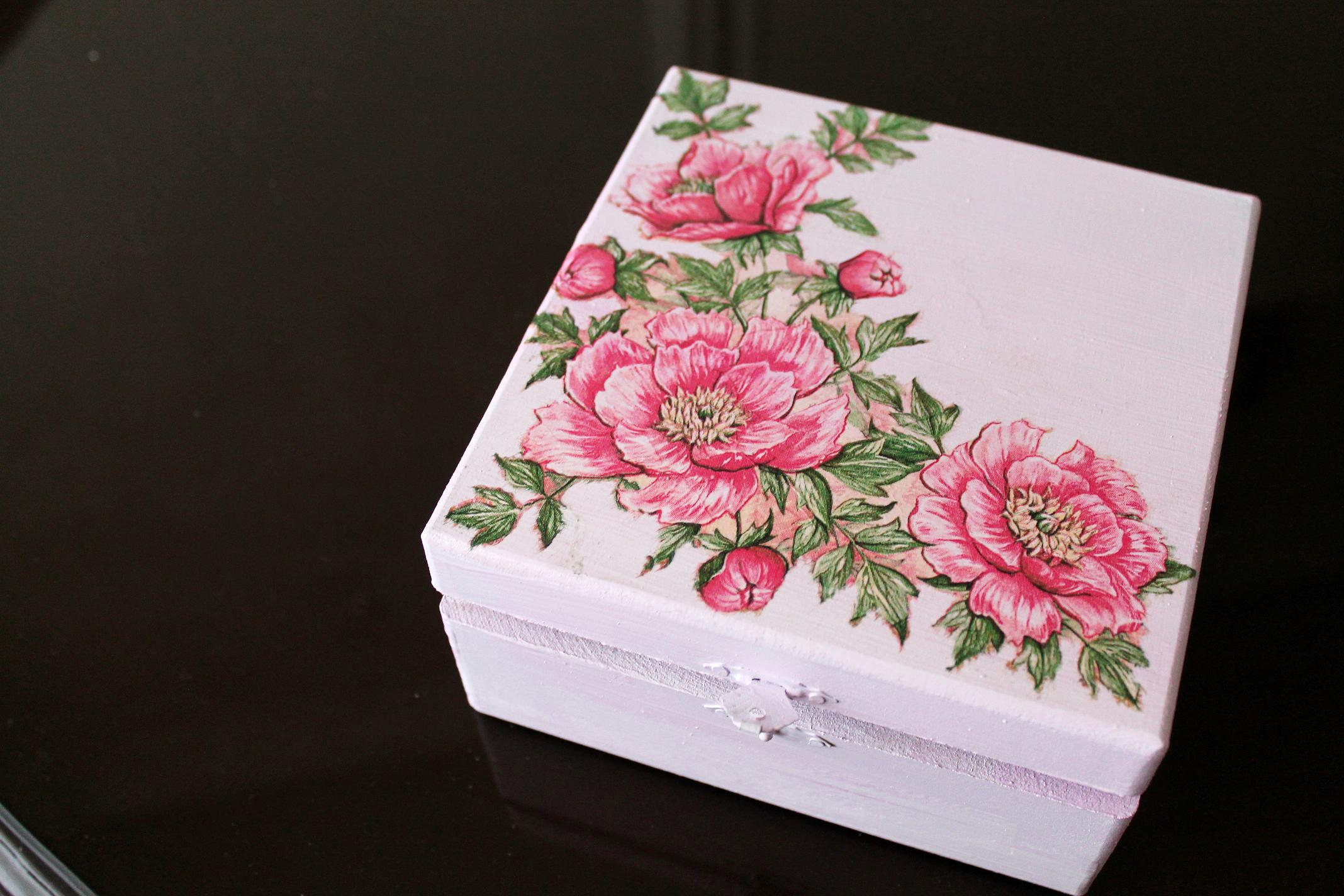 Eco Friendly Diy Decoupage Box Make Over With Nins