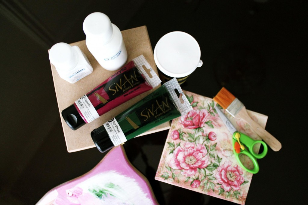 1.what you need-colors-box-napkin