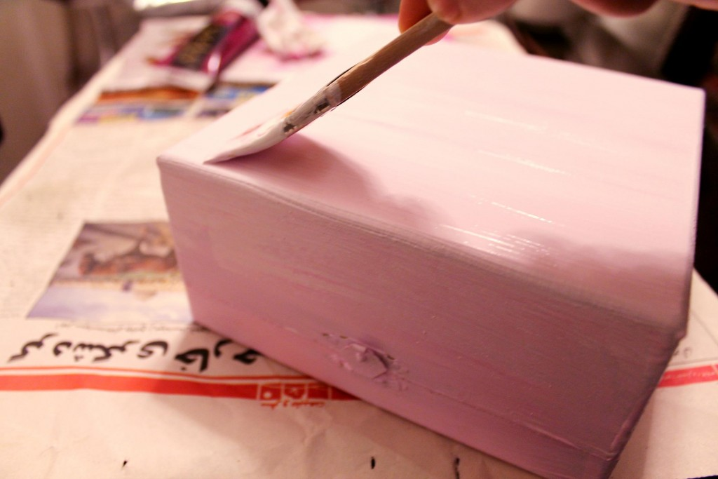 5.coloring-underneath-box-pink
